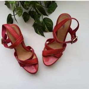 UGG Wedge Espadrille Sandals Sz 7